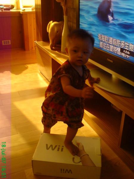 小杜很愛WII