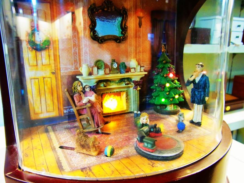 聖誕節系列好可愛.還會動喔!