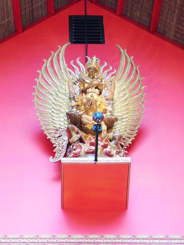 大鵬金翅鳥是泰國的國徽