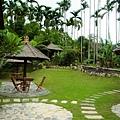 庭園到處都有供人休憩的位置
