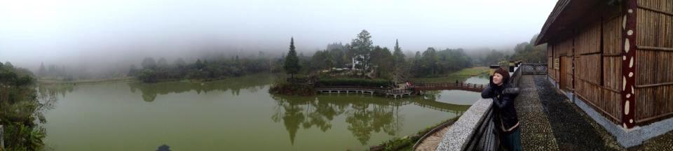 走道向天湖.直接先上賽夏族文化館.來張全景照.因為用手機拍所以畫數不高