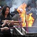 雍和宮燒香的人們.jpg