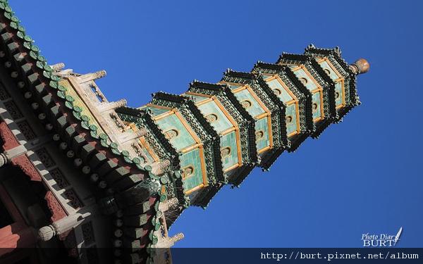 須彌福壽之廟八角琉璃塔.jpg