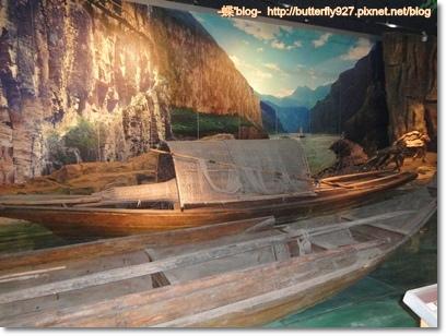 長江上的輕舟