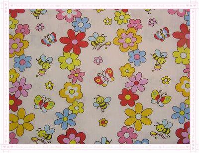 花。蝴蝶。蜜蜂