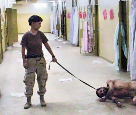 Abu-ghraib-leash.jpg