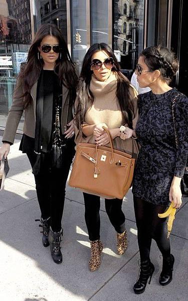 kim-kardashian-gallery.jpg1