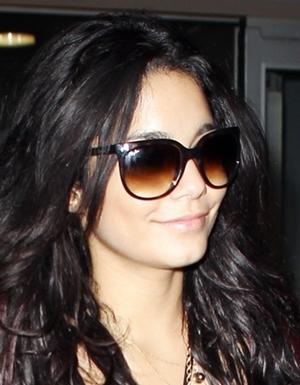 vanessa_hudgens-ray-ban-4126-sunglasses