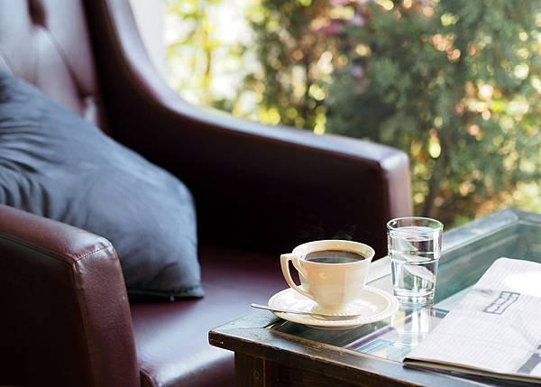 coffee-1174199_1920.jpg