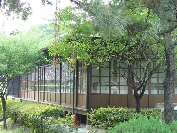 梅屋敷迴廊