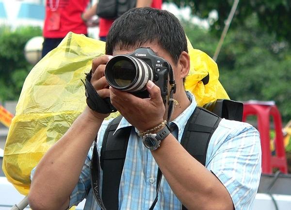 攝影記者大哥