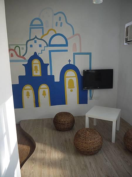 桌椅與壁畫