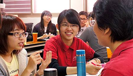20130323_大專班_二三年級_惠娥、韋青 (15)