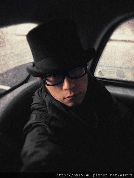 2012-03-27 07'02 披頭四沒機會到台北開演唱會,但,五月天可以在他們的家鄉開演唱會。倫敦時間 2012.3.27 pm7 Wembley Arena Mayday, Just Rock It!