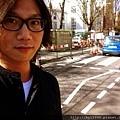 2012-03-30 01'05 1997的329,我們誕生在台北市的大安森林公園。2012的329前夕,終於站在了倫敦的Abbey Road cross。