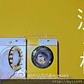2012-05-12 01'23 五月天《洗衣機》MV 「也許 我從來不是一個好孩子,也許 我管不住自己的叛逆,也許 我從來沒有讓你滿意。 但 我還是想讓你知道............。」