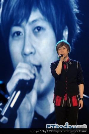 2013-01-01 五月天高雄跨年拼瞬移 阿信:我愛你們這些神經病!04