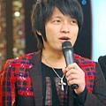 五月天今日凌晨鷺島開唱 廈門歌迷為福州好友「電話直播」03.jpg