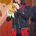 五月天今日凌晨鷺島開唱 廈門歌迷為福州好友「電話直播」05.jpg