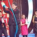 五月天今日凌晨鷺島開唱 廈門歌迷為福州好友「電話直播」13.jpg