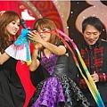 五月天今日凌晨鷺島開唱 廈門歌迷為福州好友「電話直播」14.jpg