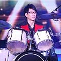 五月天今日凌晨鷺島開唱 廈門歌迷為福州好友「電話直播」19.jpg