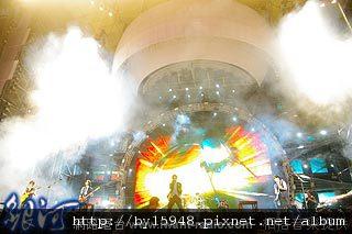 五月天世界巡迴最終場,唱到失去理智三倍豪爽回饋歌迷!01