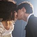 yumi與男主角接吻.JPG