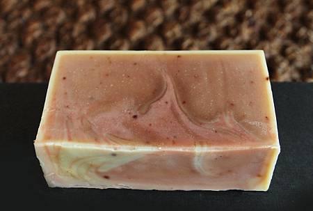 玫瑰果洗顏馬賽皂1