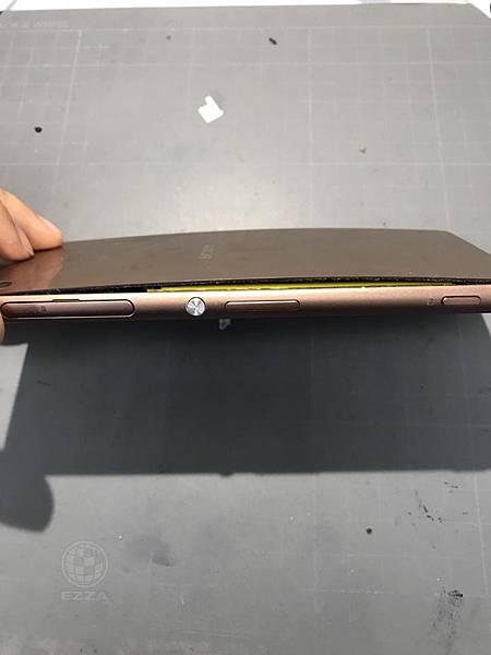 SONY Z3膨脹的電池