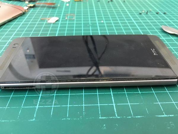 M8電池膨脹