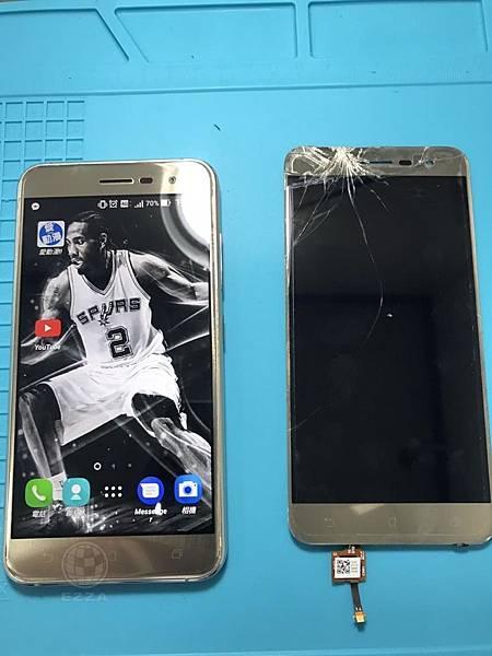 ASUS ZenFone 3頭頂重摔
