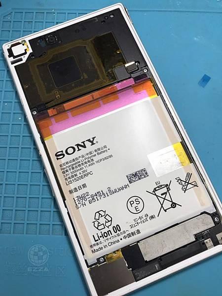 SONY ZU電池也膨脹