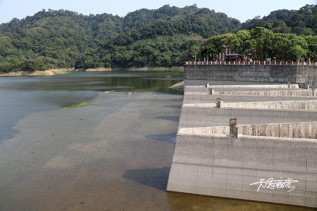 見底的鯉魚潭水庫