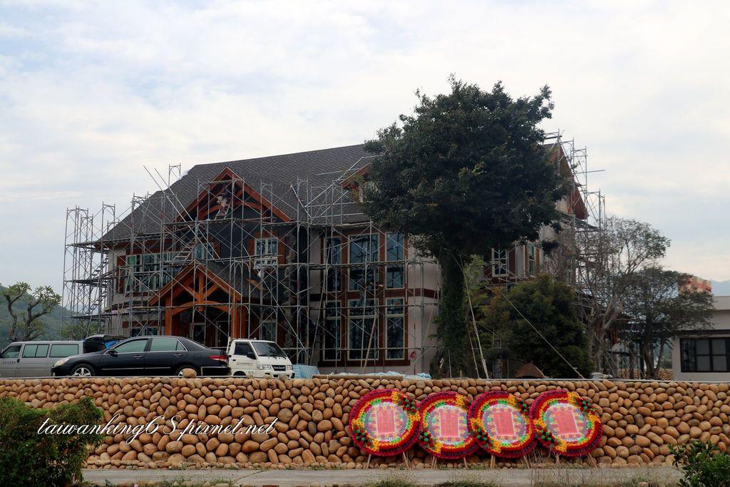 石頭堆砌的豪宅