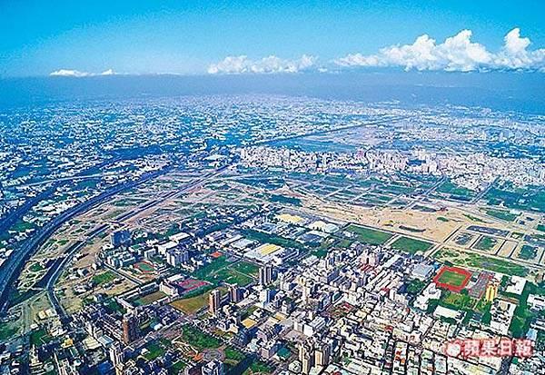 台中市西屯區水湳經貿園區基地周邊鳥瞰.jpg