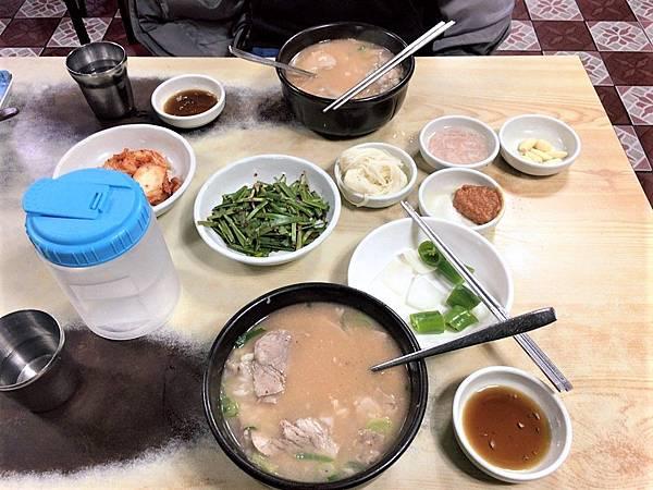 松亭三代豬肉湯飯.JPG