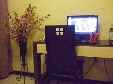 小型電視.JPG