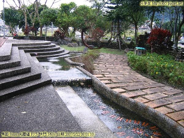 2007.02.22 礁溪溫泉會館遊客中心、林美石磐步道 001.jpg