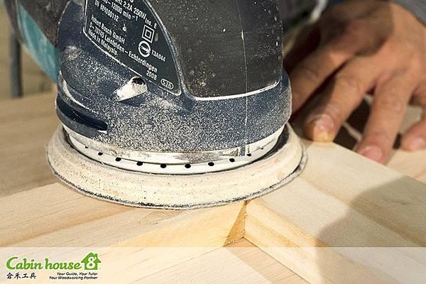 研磨機研磨木塞目的就是讓平滑度順暢,也更貼近無縫木塞