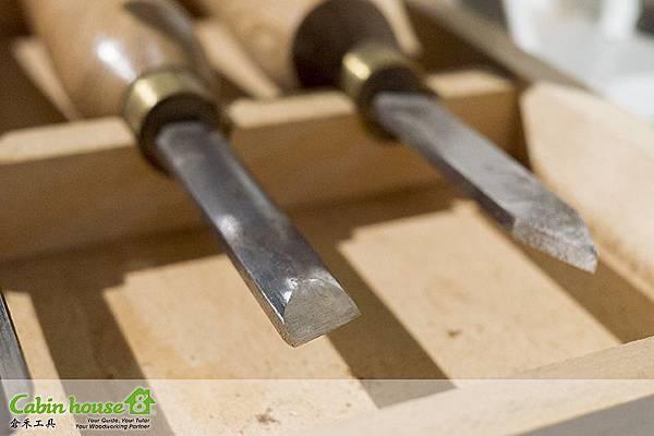 """斜型製筆車刀規格1:8""""分鑿製筆車刀,此類製筆車刀工具用於面整修,以及直線木工切割"""