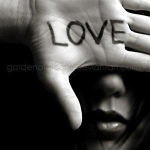 love_is_blind_by_gardenofgloom_1168185618_71855992.jpg