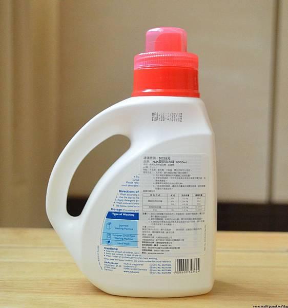 NUK嬰兒洗衣精 (4)