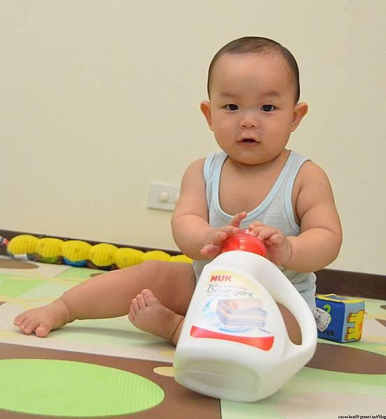 NUK嬰兒洗衣精 (31)