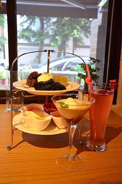 LOVE Cafe (62)