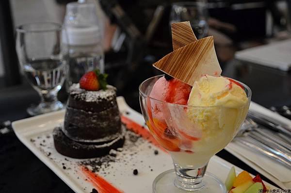 nEO_IMG_Morita Cafe (21)