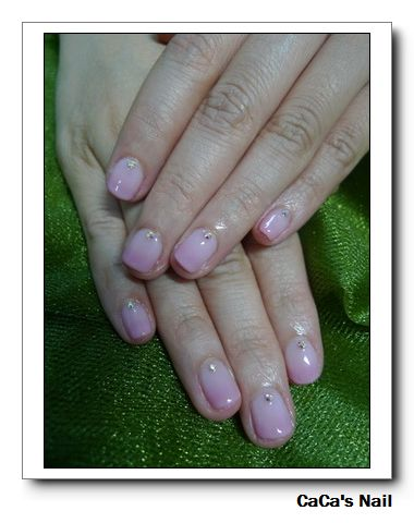 Calgel光療指甲~漸層綴鑽