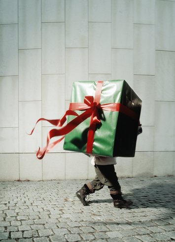 present boy.jpg