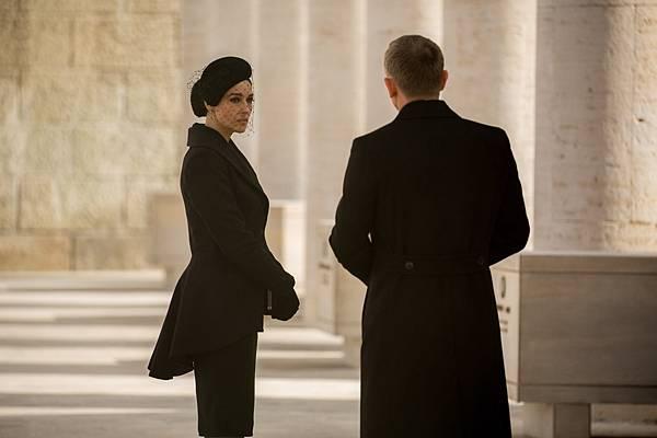 《007:惡魔四伏》