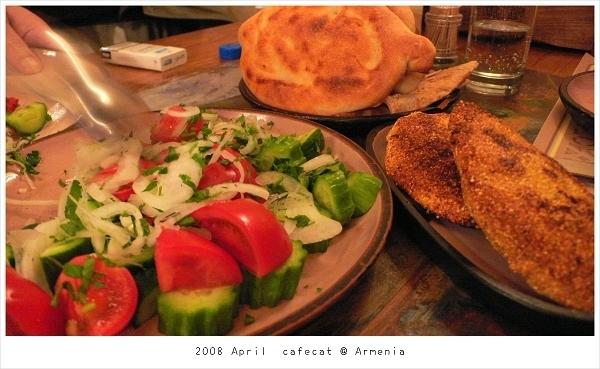0407 沙拉.麵包.烤起司